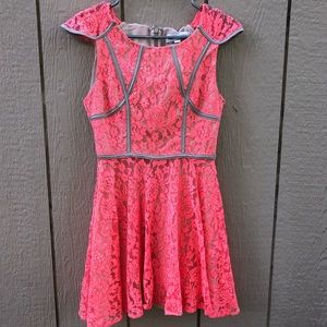 Finders Keepers lace dress size small